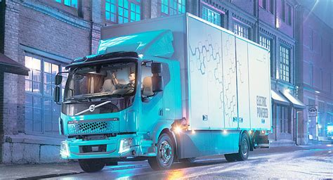Volvo's Making Electric Trucks Now, Too | Carscoops