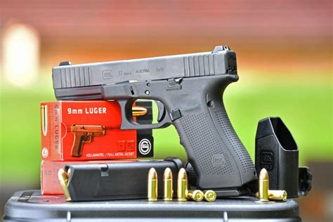 GLOCK G17 and G19 Gen4 FS: review of the Limited Edition